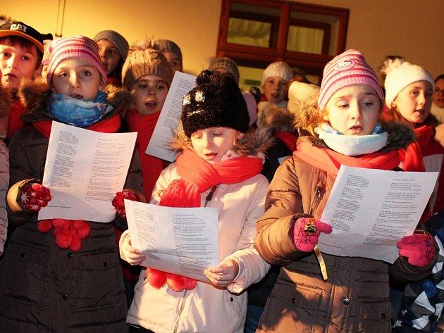 Vlounské knihovně se zpívaly koledy.
