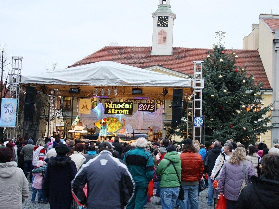 Slavnost rozsvícení vánočního stromu v Lounech