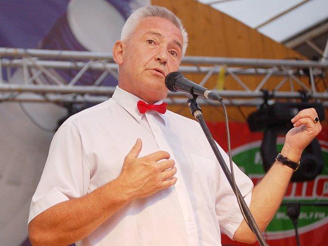 Bavič Milan Pitkin často vystupoval v televizních estrádách.