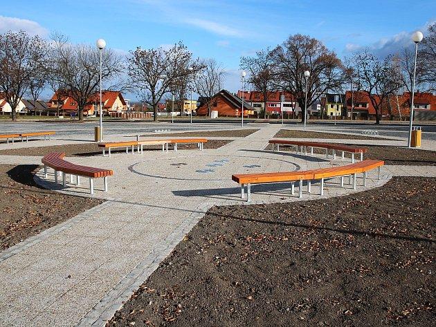 Zelené náměstí vLounech.