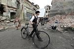 Bývalý cukrovar v Lenešicích představuje ve filmu Žebřík do nebe  rozbombardovaný Kolín nad Rýnem.