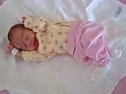 Emma Bartoňová se narodila v kadaňské porodnici 17. února 2017 v 15.37 hodin mamince Michaele Bartoňové z Podbořan. Vážila 2250 g a měřila 45 cm.