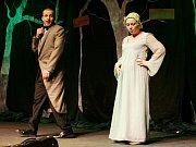 Sobotní dopoledne patřilo Hynkovu hravému divadlo Litoměřice a hře bratří Čapků ze Života hmyzu