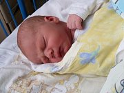 Adam Bernard se narodil 21.února 2017 v 9.24 hodin v nemocnici ve Slaném manželům Lence a Petru Bernardovým z Loun.