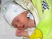 Patrik Ivan Makula se narodil 18. března 2018 v 3.55 hodin mamince Izabele Kratochvílové ze Žatce. Vážil 2970 g a měřil 49 cm.