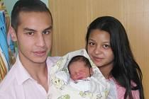 Martin Týbl se narodil 25. října 2016 v 15.25 hodin mamince Sandře Hangurbadžové ze Žatce. Vážil 2600 gramů a měřil 47 centimetrů.