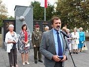 Přijel například i bývalý elitní stíhací pilot Václav Vašek