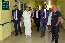 Ministr zdravotnictví Adam Vojtěch na návštěvě žatecké nemocnice