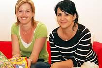 Ivana Benešová (vlevo) a Michaela Hradcová ze žatecké Sedmikrásky.