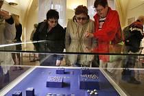 Zahájení výstavy části zlatého Karlštejnského pokladu v lounském muzeu