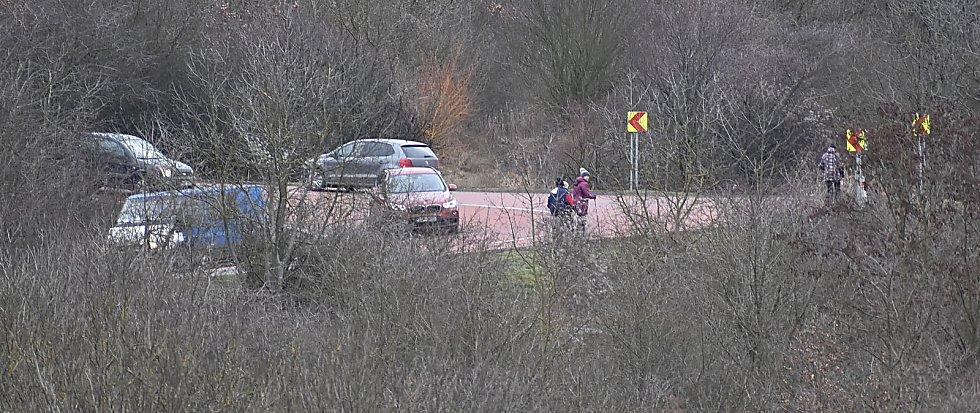 I u Žiželic se má stavět obchvat. Pověstné a pro řidiče nebezpečné zatáčky nad obcí zmizí.
