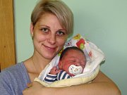 Antonín Bartoň se narodil 24. února 2018 ve 14.58 hodin mamince Michaele Müllerové z Račetic. Vážil 3750 g a měřil 51 cm.