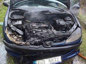 Požár osobního automobilu v Markvarci