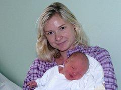 Mamince Stanislavě Dlouhé ze Žatce se 18. ledna 2015 ve 3.53 hodin narodil synek Jan Dlouhý. Vážil 3595 gramů a měřil 52 centimetrů.