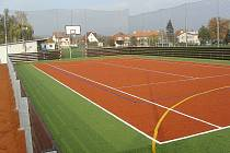 Nové sportovní hřiště v Lubenci