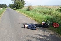 Opilý muž si ustlal přímo na silnici u obce Vrbka na Postoloprtsku