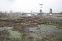 Závadné látky uniklé z biofermentačního střediska společnosti v Blšanech u Loun.