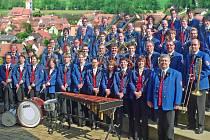 Dechový orchestr Musikverein Kiebingen e.V. zahraje v Lounech.