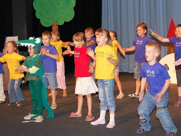 Vystoupení dětí z Mateřské školy Fügnerova v Lounech.