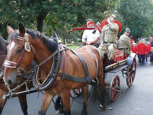 Oslavy 110. výročí založení Sboru dobrovolných hasičů ve Veltěžích