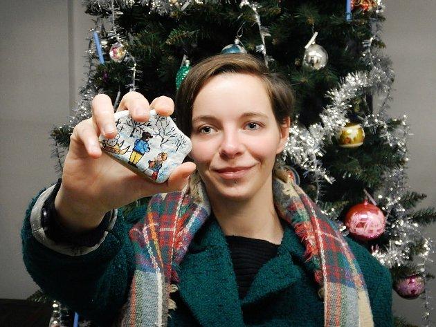 Vánoční foto zmuzea smalovaným kamínkem 2020.