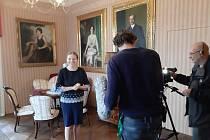 Natáčení Toulavé kamery na zámku Stekník.