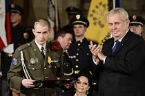 Nadrotmistra Jaroslava Mevalda vyznamenal prezident Miloš Zeman 28. října roku 2014 medailí Za hrdinství.