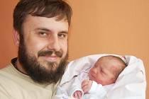 Rodičům Lence a Jiřímu Čtvrtníčkovým z Loun se 15. května 2013 v 8.09 hodin v kadaňské porodnici narodila dcera Magdaléna Čtvrtníčková. Vážila 3,57 kilogramu.