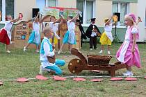 Zahradní slavnost v MŠ Alergo v Žatci