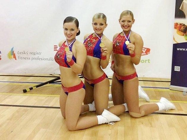 Senior Trio z Loun ve složení Natálie Přibylová, Kristýna Zahradníčková a Klára Benešová přivezla z Ostravy zlato.