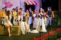 Opera Carmen v žateckém letním kině.