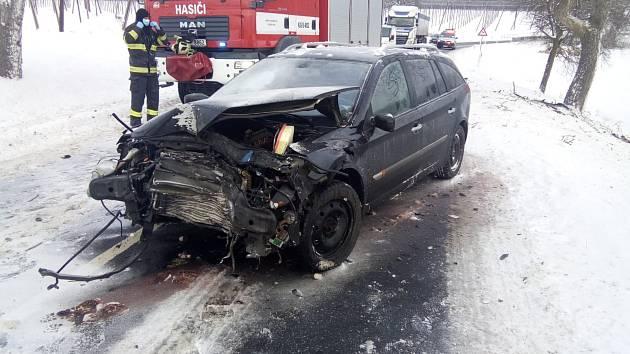 Dopravní nehoda u Ročova.