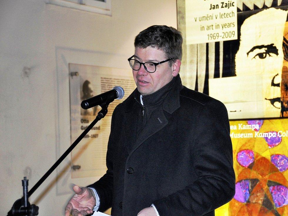 Velkému zájmu se těší nová výstava lounského umělce Vladislava Mirvalda v prestižním Muzeu Kampa v Praze.