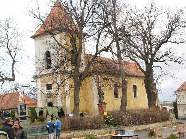 Kostel v Nepomyšli