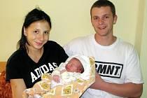 Manželům Hrazdírovým ze Slavětína se 18. září 2014 v 7.42 hodin narodil synek Sebastian Hrazdíra. Vážil 3730 gramů a měřil 52 centimetrů.