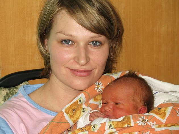 Syn Jan Michalejko potěšil příchodem na svět svou maminku Janu Michalejkovou z Loun. Narodil se 22. listopadu. Míra 54 cm, váha 4 kg.