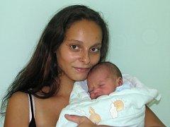 Syn Václav Tatár se narodil 23. srpna 2016 ve 12.00 hodin mamince Ivetě Tatárové ze Žatce. Vážil 2840 gramů a měřil 47 centimetrů.
