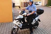 Lounští strážníci mají nový skútr