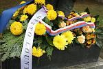 Vzpomínkový akt při příležitosti Dne válečných veteránů na Suzdalském náměstí v Lounech