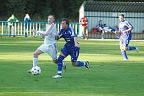 Fotbalové utkání Postoloprt (v modrém) proti Ledvicím