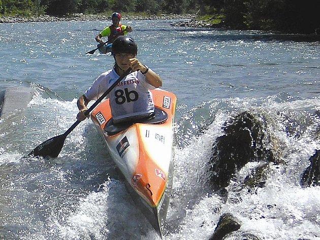 Vladimír Slanina z Lokomotivy Žatec  byl minulý týden členem české hlídky, která na MS juniorů ve Švýcarsku v dlouhém sjezdu vybojovala pro ČR bronzové medaile  za  družstvy Slovinska a Francie.