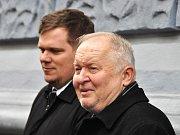 Místostarosta Loun Vladimír A. Hons (vpředu) a starosta Pavel Janda