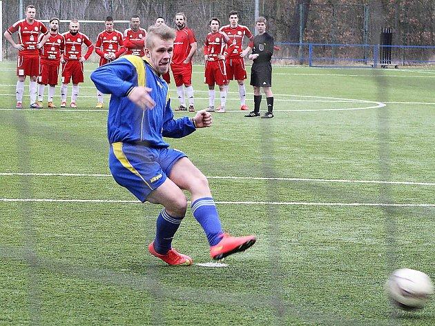 Postoloprtský Oldřich Zícha penaltu v závěrečném rozstřelu proti Proboštovu nedal.