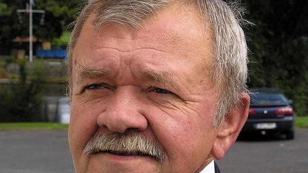 Bývalý starosta Loun Emil Volkmann zemřel ve věku 82 let.