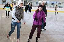 Veřejné bruslení na zimním stadionu v Lounech