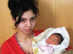 Mamince Heleně Kováčové ze Žatce se 11. dubna v jednu hodinu a jednu minutu ráno narodila dcerka Mellissa Kováčová. Vážila 2,87 kg, měřila 47 cm.