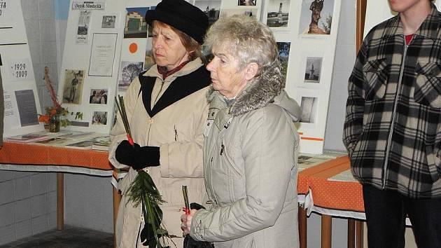 Návštěvníci si prohlédli výstavu o Opočně.