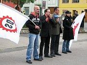 Pochod Dělnické strany přes Postoloprty