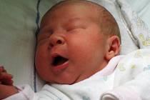 Chlapec Kryštof Mynařík se narodil 6. června v 10.55 hodin. Vážil 3,4 kg a měřil 52 cm. Mamince Ivetě Mynaříkové ze Žatce gratulujeme.