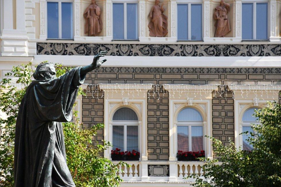V Lounech si připomněli výročí upálení Jana Husa